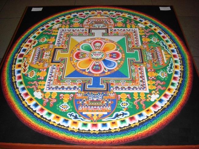 Chenrezig-Sand-Mandala - WikimediaCommons